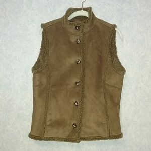 LL Bean faux suede sherpa lined vest MEDIUM
